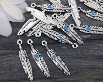 Bulk Feather Charms, 50 pcs, Jewelry Charms, Antique Silver, Western Charms, Boho Pendants, Bulk Charms, CH122