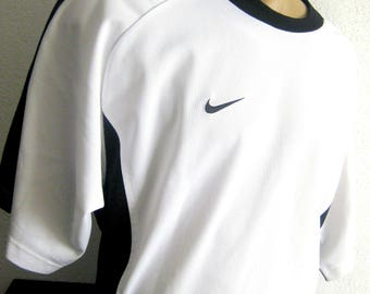 Vintage Nike Tshirt White with black designer Nike 90s vintage nike Mens shirt gr 7 XXL vintage sport fashion nike 90s Nike