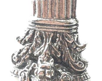 Roman Corinthian Column Pewter Lapel Pin Badge