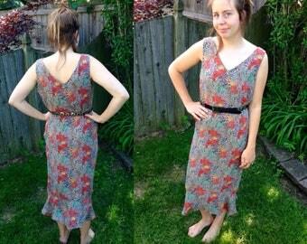 90s Vintage Silk Floral Maxi Dress // Size 10 Silk Botanical Dress // Mermaid Hem Silk Sheath Dress Medium // Doncaster Silk Dress