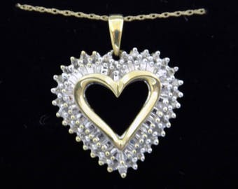 10kt Diamond heart pendant MOM with chain