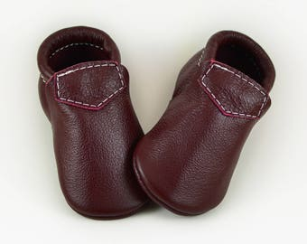 ON SALE! Maroon Oxblood Baby Moccasins Loafers Toddlers Boys Girls Genuine Leather Handmade Baby Gift Prewalker Booties Shoes