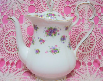 A Beautiful Vintage ROYAL ALBERT VIOLETTA Coffee/Tea Pot.