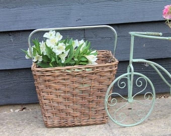Vintage Bicycle Basket/Wicker Bike Basket/Bike Shopping Basket/Bicycle Accessory/SALE (Ref1972G)