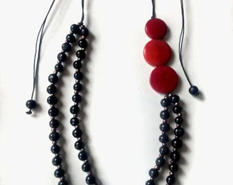 Necklace in tagua and acai