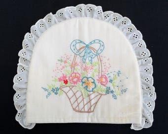 Tea Cosy. Tea Cozy. Embroidered Tea Cosy. Vintage Tea Cosy. Hand Embroidered Linen Tea Cozy with Padding. Flower Basket Embroidery RBT2393