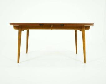 D221 Danish Mid Century Modern Teak Dining Table by Hans Wegner for A. Tuck