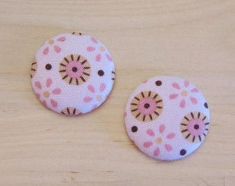 fabric 2 cabochons x 28mm pink flower has 5 more