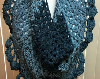 Bandana Scarf, Triangle Scarf, Blue Crochet Scarf, Gifts for Her, Fashion Scarf, Crocheted Scarf, Buttoned Scarf, Button Shawl