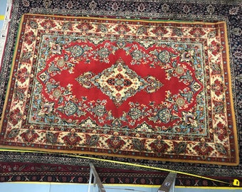 Flowered rug 100%wool floral and oriental pattern rug red blue and yellow color warm vintage old rug big retro suitable for home&restaurant.