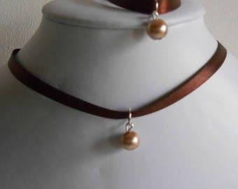 Adult/child Brown satin ribbon and beige pendant wedding set