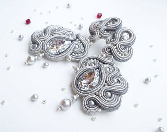 Soutache earrings with Swarovski crystals Silver grey Soutache stud earrings Soutache jewelry Silver soutache earrings long Orecchini