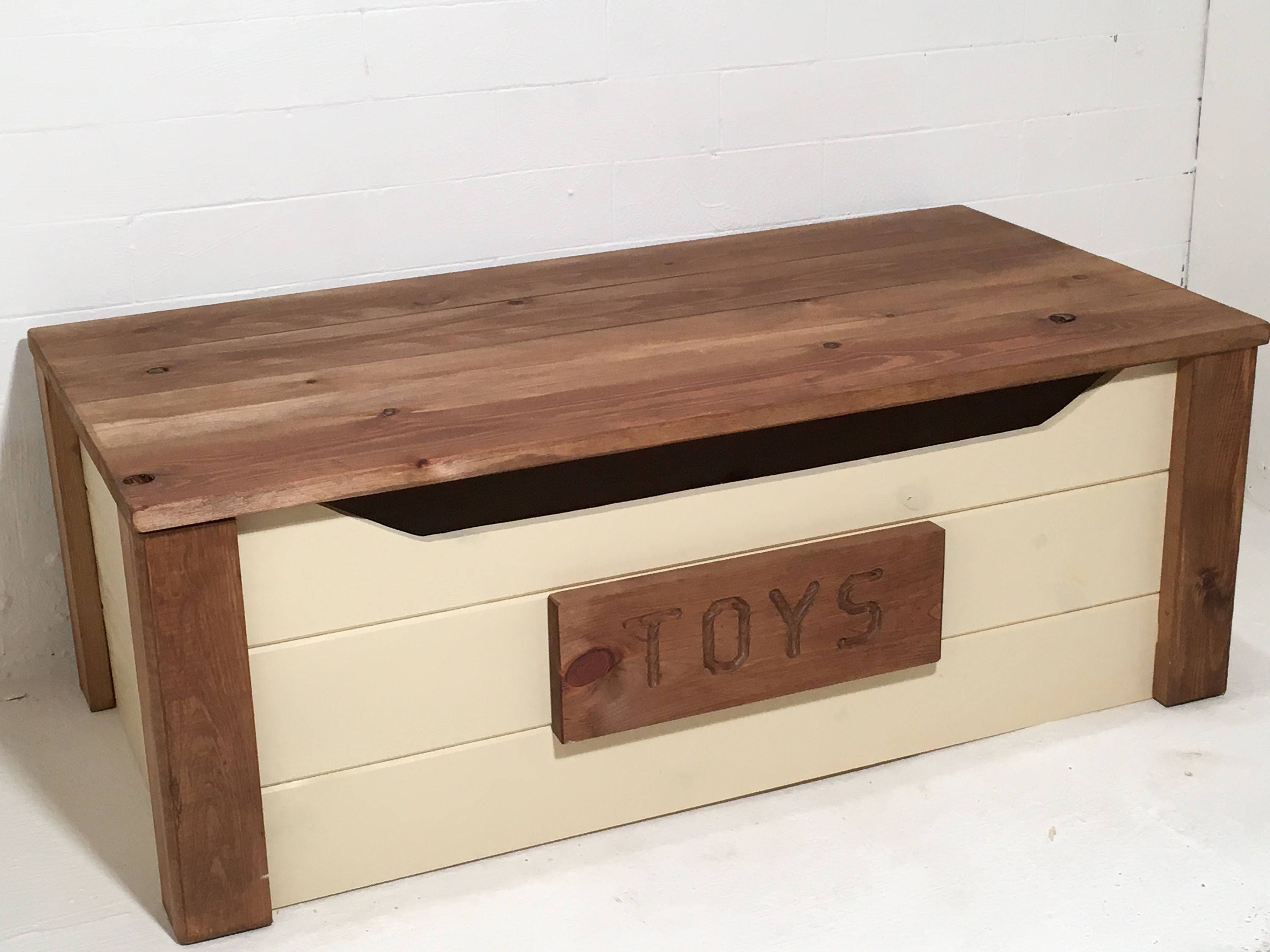 Wide solid pine personalised wooden toy box 4 sizes 20 colours handmade & Wide solid pine personalised wooden toy box 4 sizes 20 colours ... Aboutintivar.Com