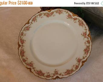 """SALE Antique Haviland & Co. Limoges 9.75"""" Dinner Plate - Vining Pink Roses Pattern"""