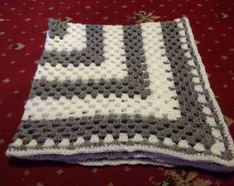 Grey and white granny square