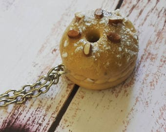 Paris-brest miniature greed necklace