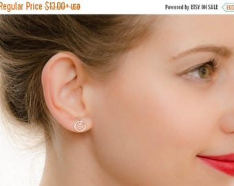 SALE - Circle Earrings - Round Earring Studs - Simple Modern Minimal Earrings - Open circle studs