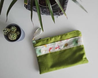 Pina colada with zipper pouch