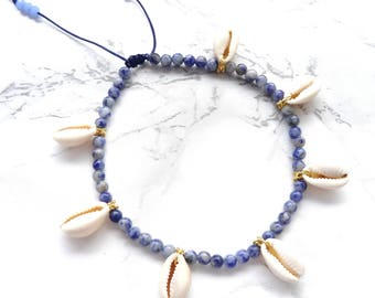 Natural blue jasper gemstone anklet, bohemian sea shell anklet, beach jewerly, mermaid anklet, dainty delicate blue anklet, foot jewelry