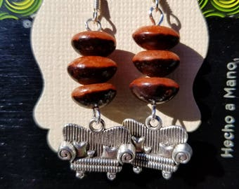 Couch Tour, Dangle Earrings, Seed, Silver tone, Sofa Dead & Co.
