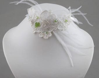 Wedding lace ivory and green pearl necklace