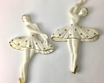 Vintage Chalkware Ballerinas, Vintage Chalk ware wall decor, 50's Retro Decor, Chalkware wall hangings, vintage Ballerina Plaques,