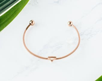 Rose Gold Triangle Bracelet / rose gold bracelet / dainty bracelet / geometric bracelet / Layering Bracelet / Bridesmaid gifts
