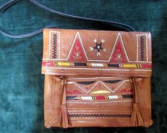 Indian Southwest Motif Tooled Leather Vintage 1960s Shoulder Bag