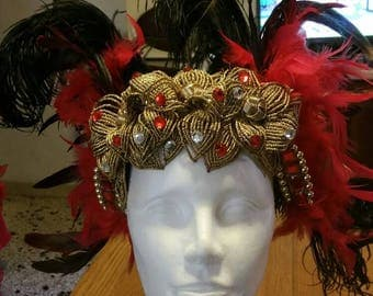 """Headdress """"DILAYLA"""" in beads and feathers."""