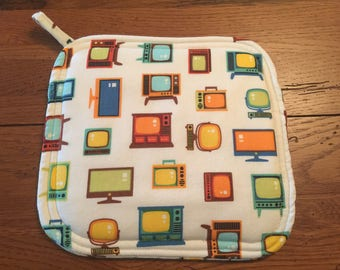New Handmade Potholder Vintage Television Fabric Mid Century Modern and Retro too Hot Pad for your Kitchen