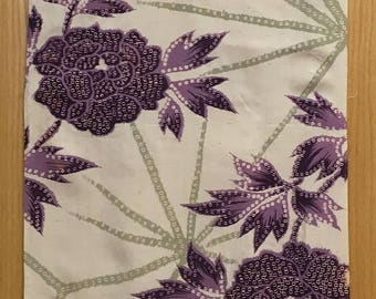 Early 20th Century Silk Japanese Kimono Floral Print Fabric (2074)