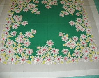Gorgeous Vintage Daisy Cotton Blend Tablecloth 45 X 51.5