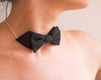 Black bow tie collar