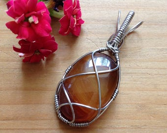 Red/orange agate necklace, jasper pendant, crystal necklace, crystal pendant, healing crystals, wire wrapping, reiki healing, wearable art