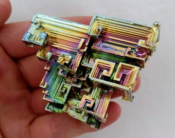 Rainbow Bismuth Crystal 150g Lab Grown Jewelry Display Specimen Educational Metaphysical Metal Healing Stone