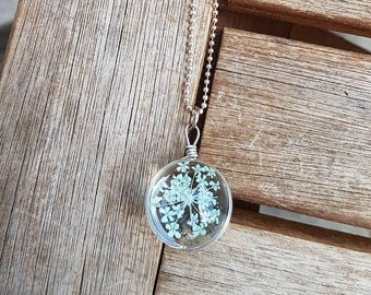 Action! Silver chain 75 cm with flower in glass ball 12Fr. instead of 27Fr.