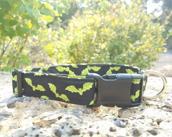 Scary Lime Green Bat Halloween Pattern Dog Collar
