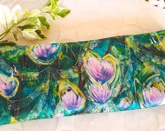 Pure silk eye pillow, Yoga pillow eye mask, Angels, Aromatherapy gift, Organic lavender pillow, 3d eye meditation pillow, organic flax seeds