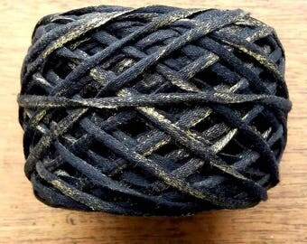gold ribbon metallic yarn | cotton yarn | ribbon yarn | novelty yarn | 50gr yarn cake | knitting | crochet | weaving | black ribbon | yarn