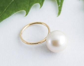 HUGE PEARL RING, Big Pearl Gold Ring, Natural Pearl Ring, 18k Ring