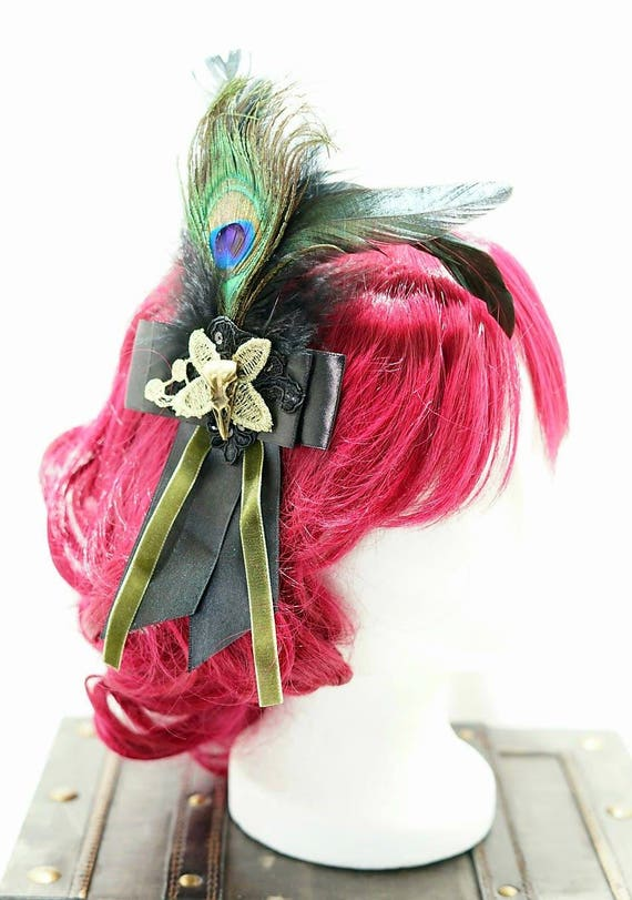 Gothic raven victorian peacock black bronze bow hairpin brooch / black loop with bronze Raven Schaedelchen hair clip and brooch