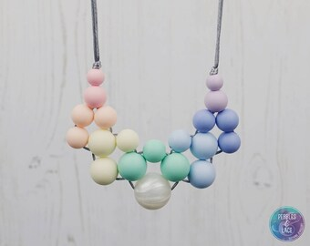 Rainbow Teething Necklace, Unique Teething Necklace, Breastfeeding Necklace, Nursing Necklace, Statement Necklace, Babyshower gift, Teether