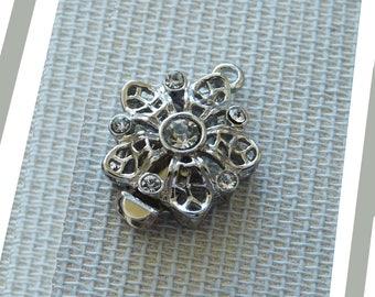 Flower Clasps with Rhinestones, Elegant Flower Clasp, Silver Flower Necklace Closure, Bracelet Fastener