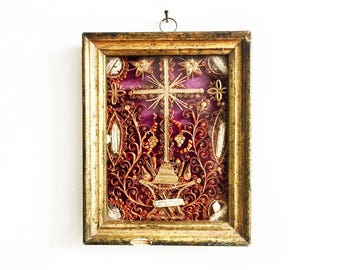 Antique French Saints Reliquary, A Stupendous, Unique and Extremely Rare Jesus of Nazareth Relic in Original Frame, Paperolles, Early 1800's
