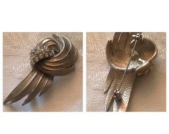 On Sale Vintage Silvertone and Rhinestone Pin