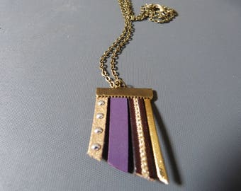 Necklace leather & suede nailed