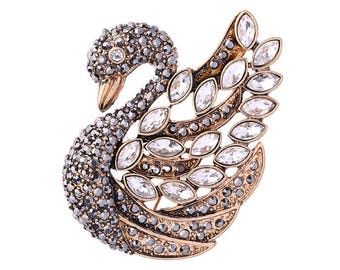 Not Heidi Daus Crystal swan brooch pin new without tags
