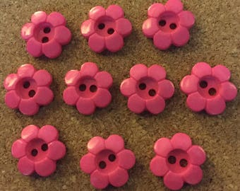 100 x Cerise Pink Daisy Shaped 2-Hole Buttons. Size 21mm.