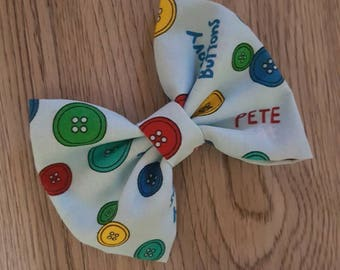 Pete the Cat hair bow