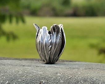 1 coupelle tulipe en laiton plaqué argent oxydé, 20x15 mm